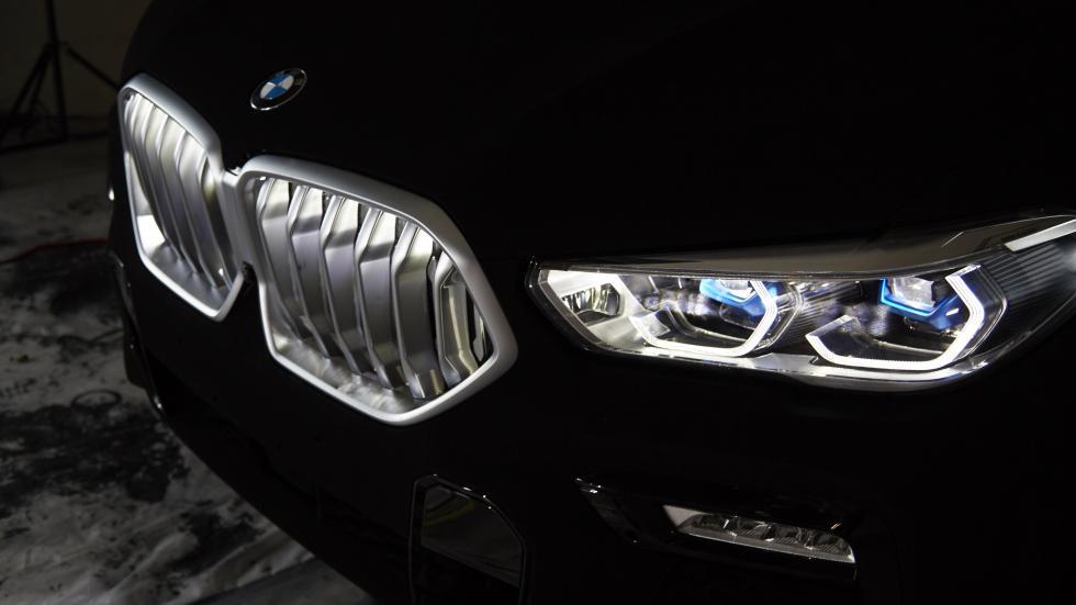 blackest black BMW X6